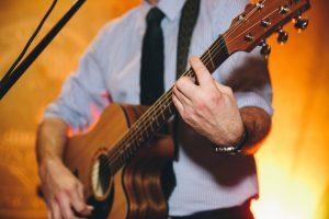 _0006_Chris-Talbot-Wedding-Guitarist-7